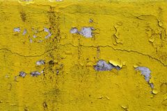 Free Cracked Paint Wall Texture Yellow Stock Photo - 56579300