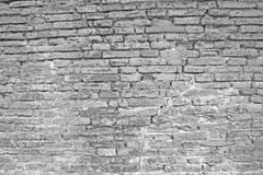 Cracked white brick wall Royalty Free Stock Photography