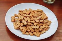 Cracker con i semi di papavero Fotografia Stock