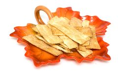 Cracker e zucchero sulla zolla fotografia stock