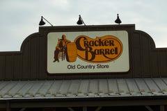 Cracker-Fass-Zeichen ein Kettenrestaurant Stockbild