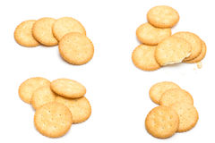 Cracker gestapelt lokalisiert über weißem Hintergrund Lizenzfreies Stockfoto