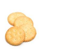 Cracker gestapelt lokalisiert Lizenzfreie Stockfotos