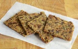 Cracker liberi della mandorla del mirtillo rosso del glutine Immagine Stock