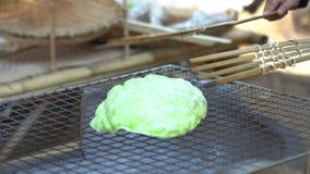 Cracker nazionale Khao-Pong, spuntino tailandese del riso video d archivio