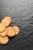 Cracker su granito nero Fotografia Stock Libera da Diritti