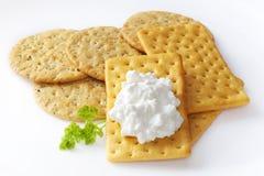 Cracker und Hüttenkäse Stockfotos