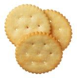 Crackers die op witte achtergrond worden geïsoleerd Royalty-vrije Stock Afbeeldingen