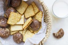Crackers en chocoladepeperkoek stock afbeelding