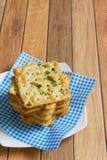 Crackers met plantaardige vlokken Stock Afbeeldingen