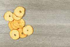 Crackers in wooden basket Royalty Free Stock Images