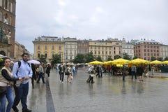 Cracovia 19,2014 augusti: Vecchio quadrato nella città Polonia di Cracovia Immagine Stock Libera da Diritti
