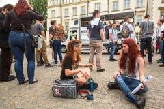CRACOVIA, POLONIA - partecipanti di marzo per la liberazione della cannabis Fotografia Stock Libera da Diritti