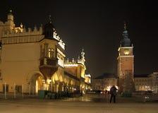 Cracovie par nuit Photo stock