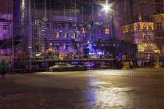 Cracovie, Pologne - 29 décembre 2017 : montage de la scène principale de Noël à Cracovie, Pologne Photos stock