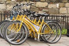 Cracovie, Pologne : vélos à louer image libre de droits