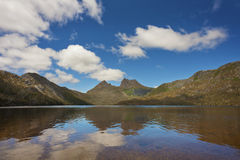 Cradle Mountain. View of Cradle Mountain across Dove Lake on a sunny day.  Tasmania, Australia Stock Photos