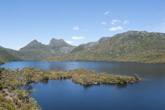 Cradle Mountains Tasmania with lake Royalty Free Stock Photography