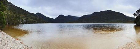 Cradle Mt lake beach panorama sunset Royalty Free Stock Photography