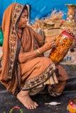 Craftswoman op het werk Stock Foto