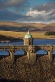 Craig Goch Dam och behållaraftonljus, nedgånghöst Royaltyfri Foto