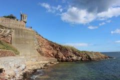 从Crail港口,鼓笛,苏格兰的海岸线 免版税库存照片