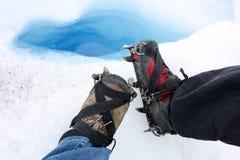 Crampons nos pés Foto de Stock Royalty Free