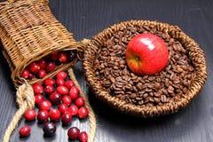 Cranberries i kawa zdjęcie royalty free