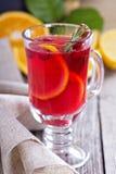 Cranberry pomarańczowy poncz z cynamonem Obrazy Royalty Free