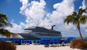 Crand Turk. Cruise ship on Caribbean island Grand Turk Stock Photos
