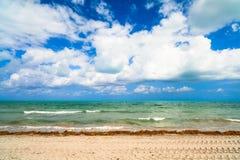 Crandon parkerar stranden fotografering för bildbyråer