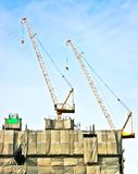 Crane on building Royalty Free Stock Photos