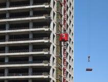 Crane With Construction Imágenes de archivo libres de regalías