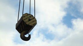 Crane Hook met wolk stock videobeelden