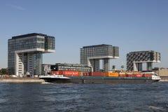 Crane Houses na água de Colônia, Alemanha Imagens de Stock Royalty Free