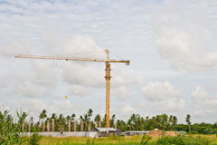Crane near building Royalty Free Stock Photos