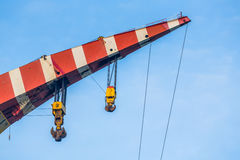 Free Crane Top In Red And White Colors Royalty Free Stock Photography - 89934937