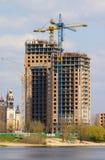 Cranes and building Stock Photos
