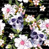 Crani umani, fiori bianchi Modello d'annata senza cuciture con le note della lettera scritte mano su fondo nero watercolor royalty illustrazione gratis