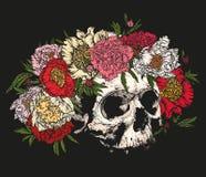 Cranio che indossa una corona delle peonie Immagini Stock Libere da Diritti