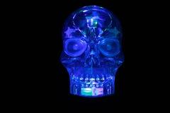 Cranio di vetro blu d'ardore Fotografie Stock Libere da Diritti