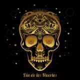 Cranio ornamentale dello zucchero dell'oro Dia de los Muertas (giorno dei morti Immagini Stock Libere da Diritti