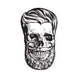 Cranio umano disegnato a mano con la pettinatura, la barba ed i baffi dei pantaloni a vita bassa illustrazione di stock