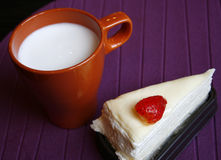 Crape cake with hot milk Stock Photography