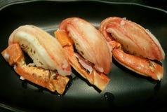 Crapsushi op de schotel, Japans voedsel, Japan Stock Afbeeldingen