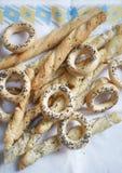 Craquelins et breadsticks Photographie stock libre de droits