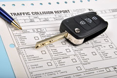 Crash report and car key Royalty Free Stock Photography