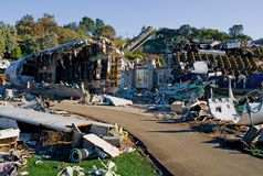 crashed houses plane στοκ φωτογραφία