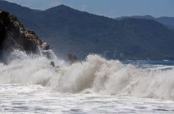 Crashing Waves Royalty Free Stock Images
