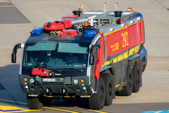 Crashtender airport fire truck Royalty Free Stock Photography
